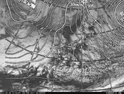 「ひまわり8号」可視画像&天気図合成 2017年2月8日12時JST