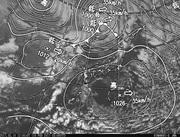 「ひまわり8号」可視画像&天気図合成 2017年2月16日12時JST