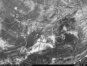 「ひまわり8号」可視画像&天気図合成 2017年3月1日12時JST