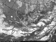 「ひまわり8号」可視画像&天気図合成 2017年3月8日12時JST
