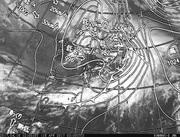 「ひまわり8号」可視画像&天気図合成 2017年4月18日12時JST