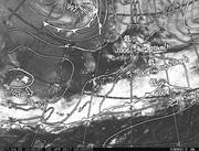「ひまわり8号」可視画像&天気図合成 2017年4月22日12時JST