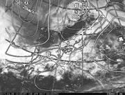 「ひまわり8号」可視画像&天気図合成 2017年4月26日12時JST