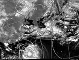 ひまわり7号可視画像・天気図合成 2014年7月7日12時JST
