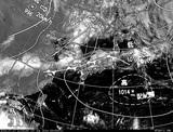 ひまわり7号可視画像・天気図合成 2014年7月17日12時JST