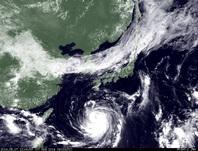 ひまわり7号可視画像 2014年8月7日12時JST