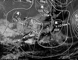 ひまわり7号可視画像・天気図合成 2014年11月28日12時JST