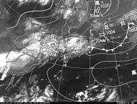 ひまわり8号赤外線画像&天気図合成 2016年7月4日12時JST
