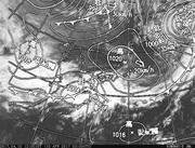 「ひまわり8号」可視画像&天気図合成 2017年4月10日12時JST
