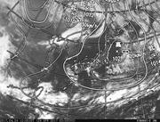 「ひまわり8号」可視画像&天気図合成 2017年4月24日12時JST